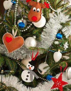 Weihnachtsbaum Ornamente aus Filz selber basteln
