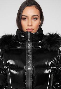 Fur Bag, High Hips, Bungee Cord, Black Down, Elegantes Outfit, Fur Collars, High Collar, Puffer Jackets, Runway Fashion