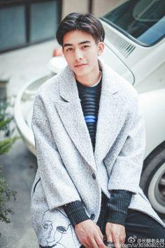 tống uy long bán yêu khuynh thành - Tìm với Google New Hair, Hair Cute, Song Wei Long, 1999 Songs, Asian Cute, Chinese Boy, Ulzzang Boy, Popular Hairstyles, Trends
