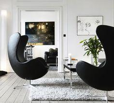 Arne Jacobsen´sEgg lounge chairs, 1958 for Fritz Hansen, Denmark. Photograph byKristian Septimius Krogh. / Blogspot