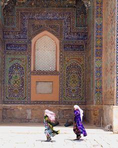 Inside Sherdor Madrassah - Samarkand, Uzbekistan // photo by Vladimir Shipilin, 2012