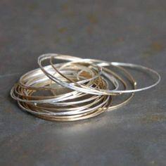 Anneaux Magic en or et argent par Gilbert-Gilbert pour l'Atelier des Bijoux Créateurs.