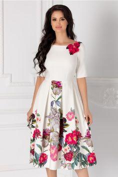 Rochii cu Imprimeuri Western Dresses For Women, Coats For Women, Women's Fashion, Couture, Floral, Skirts, Girls Coats, Skirt