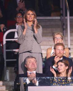 232 fantastiche immagini su First Lady Melania Trump  577d417fa3d