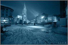 ✔ Hoy Oviedo nevado 2º La capital ha vivido un intenso fin de semana de frío y nieve. Snow, Outdoor, Oviedo, Viajes, Fotografia, Outdoors, Outdoor Living, Garden, Eyes