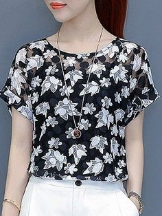 Embroidered Embroidery Patchwork Print Short Sleeve T-Shirts - Top Clothes Cheap Womens Tops, Cream T Shirts, Blouse Designs, Blouses For Women, Ladies Blouses, Ladies Dresses, Fashion Outfits, Womens Fashion, Fashion Shoes