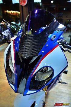 BMW 2015 do noi bat voi dan do choi hang hieu - 2 Bike Bmw, Moto Bike, Bmw S1000rr, Yamaha Yzf, Ducati, Kawasaki Bikes, Sportbikes, Bike Life, Cafe Racers