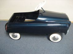 Vintage Murray Champion Metal Pedal Car