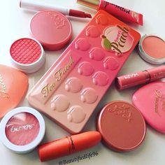 Peachy make up