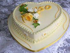 Pretty Cakes, Beautiful Cakes, Amazing Cakes, Creative Cake Decorating, Creative Cakes, Cake Icing Tips, 50th Anniversary Cakes, 70th Birthday Cake, Heart Cakes