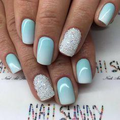 Semi-permanent varnish, false nails, patches: which manicure to choose? - My Nails Fancy Nails, Cute Nails, Pretty Nails, My Nails, Cute Shellac Nails, Gel Nail, Tiffany Blue Nails, Aqua Nails, Mint Green Nails