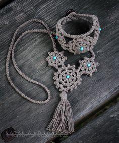 Outstanding Crochet: My new step-by-step crochet jewelry tutorial: Linen Crochet Bracelet Medieval.