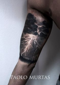 Lightning tattoo done right Badass thunderstorm tattoo by Paolo Murtas. Arm Tattoos For Guys, Trendy Tattoos, Couple Tattoos, Future Tattoos, Cover Up Tattoos For Men, Men Tattoos, Celtic Tattoos, Storm Tattoo, Cloud Tattoo