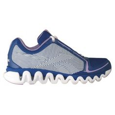 Reebok With an ultra responsive Zig sole and lightweight upper, you'll set the pace when you play with the ZigLite Run. So play boldly. Be a Zig kid. http://www.sportsstation.co.id/women/w_FOOTWEAR/w_f_Run_Tune/REEBOK%20ZIGLITE%20RUN%20REE1-J90530