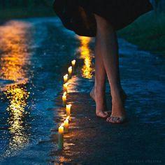 Escribir es trazar un camino de luces y sombras…