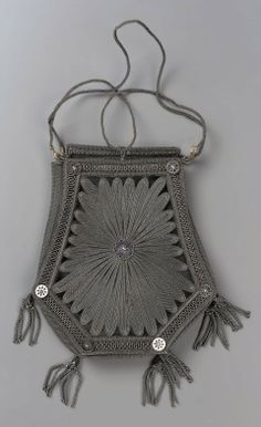 Wire mesh reticule - early 19th century