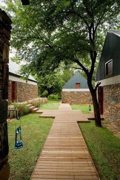 VISI / Articles / VIVA SA architecture!  Cradle of Humankind, Louis Louw Johan Bergenthuin Architects