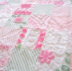 vikki posted Vintage Chenille Patchwork Quilt to their -quilting fever- postboard via the Juxtapost bookmarklet. Chenille Bedspread, Chenille Fabric, Chenille Blanket, Patchwork Blanket, Quilting Projects, Sewing Projects, Textiles, Queen Quilt, Rag Quilt