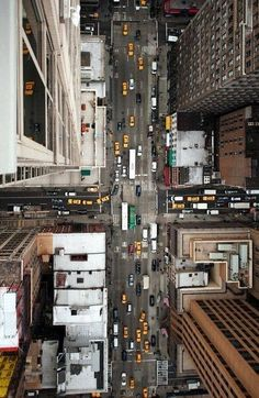 City birds eye views are detailed and amazing with the business of life adding to the character of the visual. #nyc