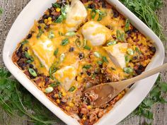 Salsa Chicken Casserole throw together 1 cup uncooked rice 1 cup frozen corn kernels (thawed) 1 (15 oz.) can black beans 1 (16 oz.) jar salsa 1 cup chicken broth ½ Tbsp chili powder ½ tsp oregano 2 large (1.5 lbs.) chicken breasts 1 cup shredded cheddar cheese 2 whole green onions, sliced - Cook @ 375 1hr +/- 15 mins if needed
