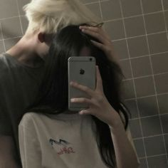 Girl, Boy, Ulzzang and Couple Couple Ulzzang, Ulzzang Girl, Ulzzang Style, Cute Couples Goals, Couple Goals, Wattpad, Backstage, Tumblr Couples, Couple Aesthetic