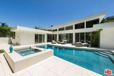 1003 N Beverly Dr, Beverly Hills, CA 90210 - Home For Sale and Real Estate Listing - realtor.com®