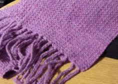 This rigid-heddle scarf pattern will teach you to weave waffle weave on a rigid-heddle loom.