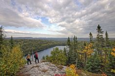10 Ontario Provincial Parks That Are Worth Visiting In The Fall Ontario Provincial Parks, Manitoulin Island, Ontario Parks, Park Resorts, Lake Park, Adventure Tours, The Great Outdoors, Touring, Trail