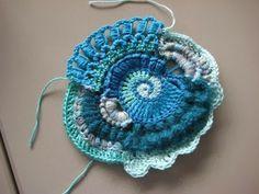 Krea d' IngeN: Vrij haakwerk / Freeform Crochet Scrumble (1)