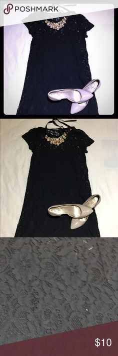 ✨NWT✨ Little black dress Beautiful black dress in lace with tickets at forever21. Forever 21 Dresses Midi