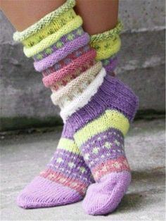 Knitted Casual Knit Socks for Women Knitted Gloves, Knitting Socks, Knit Socks, Woolen Socks, Knit Stockings, Stockings Outfit, Vintage Knitting, Casual Tops, Comfy Casual