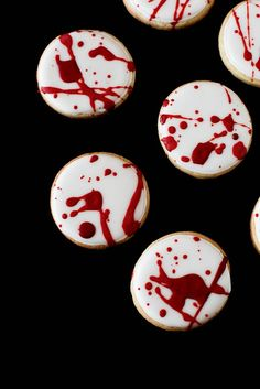RECIPE - Blood Spatter Cookies for Halloween. Help yourself, Dex! (Source : http://www.annies-eats.com/2012/10/29/blood-spatter-cookies/) #halloween #recipe #cookie #blood