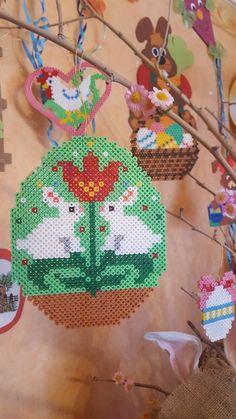 Hama Beads Patterns, Beading Patterns, Perler Beads, Pixel Art, Crochet Earrings, Creations, Easter, Blog, Sewing