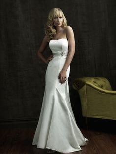 Amelia-Vestido de Noiva em Cetim tecido elástico - dresseshop.pt