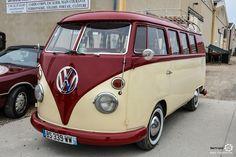 #Volkswagen #Combi au rasso de St Lubin les Joncherets Reportage : http://newsdanciennes.com/2016/03/21/retour-au-rassemblement-juvaboun-de-st-lubin-des-joncherets/ #Voitures #Anciennes #VintageCar