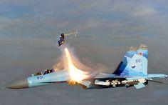 Piloto russo ejeta voando a 2x a velocidade do som, de propósito [Fotos]