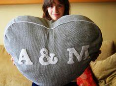 SO SUNNY: Corazón tan blando... Heart shaped cushion.
