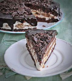 Tiramisu torta sütés nélkül (No Bake Tiramisu Cake) Cookbook Recipes, My Recipes, Wine Recipes, Cookie Recipes, Dessert Recipes, Favorite Recipes, Hungarian Cuisine, Hungarian Recipes, Cake Cookies