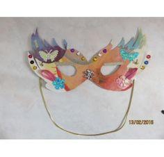 Réalisez un masque pour Mardi Gras : Valérie LB