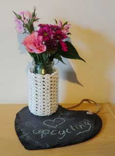 Amigurumi Barmy: Advent calender day 5. Lace Jam Jar Covers - Free crochet pattern.