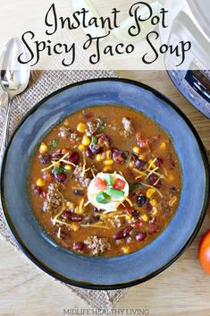 Healthy taco soup is a quick and easy weeknight dinner. This Instant Pot spicy taco soup could not be more delicious. The whole family will love it.they'll have no clue that it's totally Weight Watchers friendly! Healthy Taco Soup, Healthy Tacos, Weight Watcher Taco Soup, Weight Watchers Meals, Instant Pot Pressure Cooker, Pressure Cooker Recipes, Soup Recipes, Cooking Recipes, Healthy Recipes