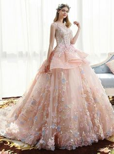 You'll feel like a fairy princess in this perfectly pink Kemedress wedding dress. A beautiful ball gown silhouette is made even more stunning with large ruffles, beading, lace and floral embellishments of white and blue. Pink Wedding Dresses, Luxury Wedding Dress, Wedding Beauty, Formal Dresses, Prom Ballgown, Fairytale Gown, Monday Dress, Quince Dresses, Outfits