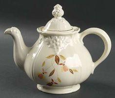 Hall Autumn Leaf 5 Cup Thorley Grape Teapot & Lid
