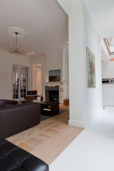 RESTAURATION HOUSE VH: Caan Architecten