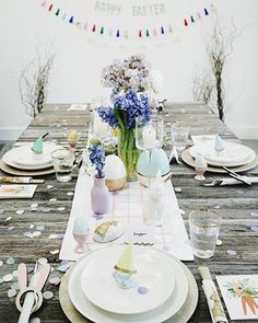 DIY Purple Dresser makeover with Divine Lavender – Fusion Mineral Paint - Fame. Painted Outdoor Furniture, Furniture Wax, Whitewashing Furniture, Decoupage Furniture, Refurbished Furniture, Furniture Ideas, Furniture Design, Painted Dining Room Table, Painted Tables