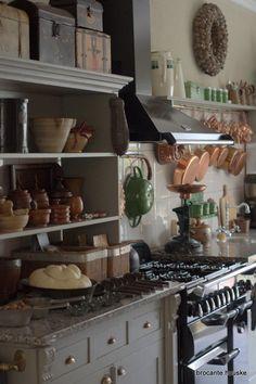 primitive cottage kitchen Gezellig  in de keuken