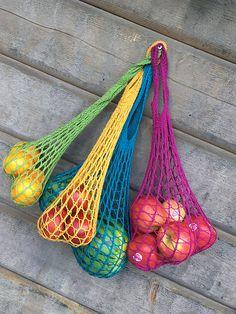 Crochet Weightless Produce Bag pattern by Julie Tarsha Love, Produce Bag pattern by Julie Tarsha Ravelry: Weightless Produce Bag pattern by Julie Tarsha Häkeln/Stricken. Crochet Shell Stitch, Knit Or Crochet, Bead Crochet, Free Crochet, Free Knitting, Knitting Patterns Free, Crochet Patterns, Free Pattern, Crochet Handbags