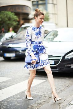 Paris street style - blue bag with hand handle and shoes!