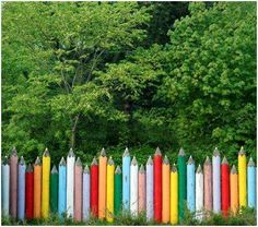I would love to have this fence.