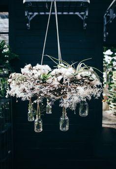 DIY hanging wreath